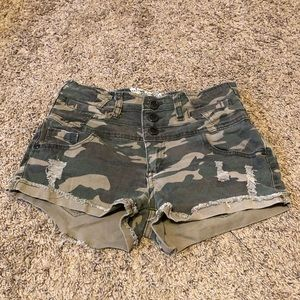 Camo Jean shorts. Juniors size 5. High waisted.